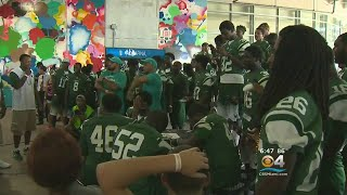 Dolphins Hold Tailgate Party For Miami Central High's Football Team thumbnail