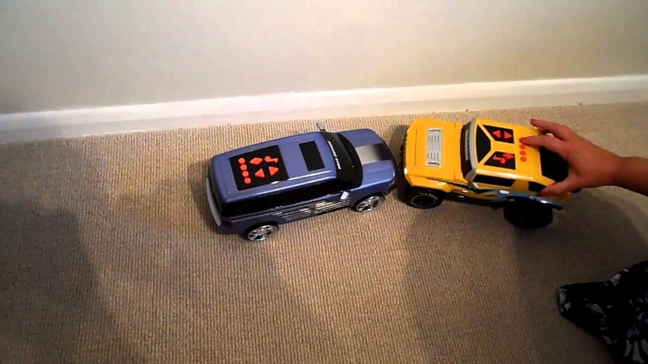 Motorized Ford Flex Toy Truck Vs Hummer H Toy Playing Come On A Take A Free Ride Track