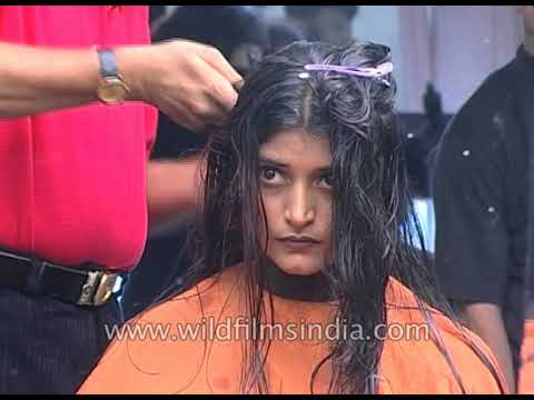 Indian women get Jawed Habib Salon hair make-overs