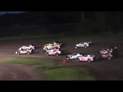 Darrin Korthals whips it to the front -- 6/23/17 -- Rapid Speedway