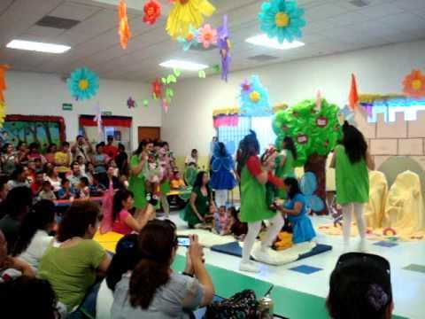 Festival primavera baile con nuestros bebes de guarderia for Decoracion del hogar en primavera