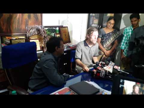 Telangana Tourism Secretary Burra Venkatesham IAS help United States Tourist John Freser(1)