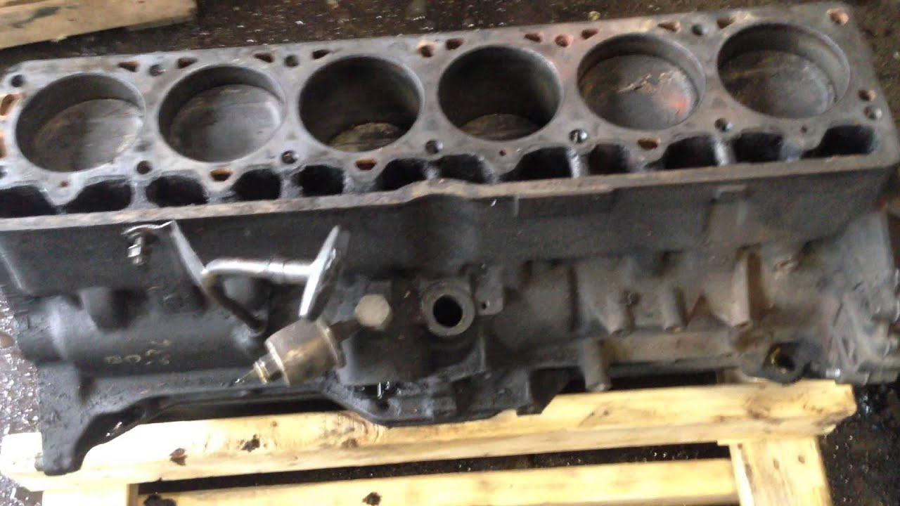 Engine Block Core   No Head Jeep 4.0 Engine