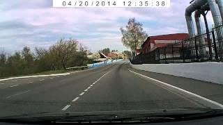 В5 пассат обгон с превышением через сплошную, далее старт со светофора не со своей полосы