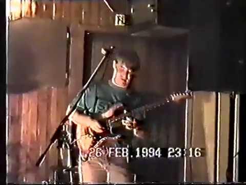 Peterhead gig 1994, Mark sings Layla