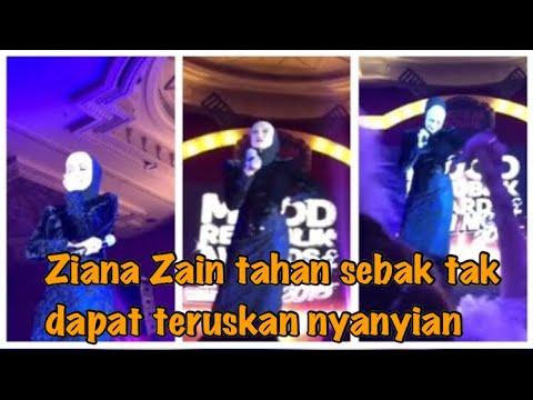 Ziana Zain sebak ketika menyanyikan lagu Puncak Kasih di Mood Republik Gala Night 2018