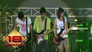 Zivilia (Live Konser Mataram 12 Oktober 2013)
