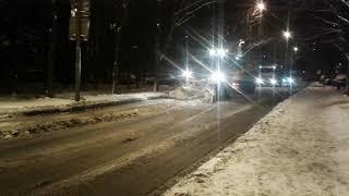 Смотреть видео Снегопад в МОСКВЕ онлайн
