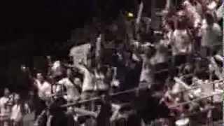 Peña Nieto no hace nada ante protestas y golpes.avi
