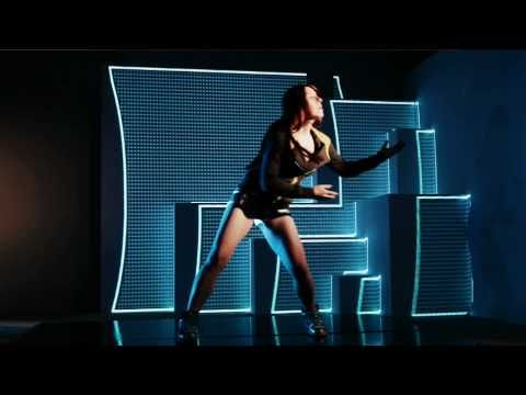 So Big Music Video - Making the projection mapping!