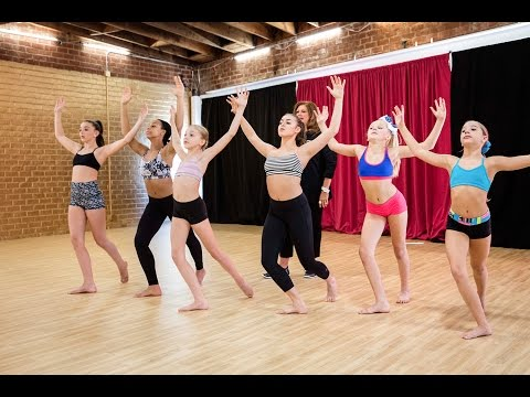 "Dance Moms|Kalani Hilliker choreographs ALDC group dance ""Electricity"""