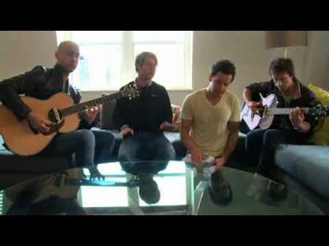 Simple Plan - Jet Lag (Acoustic Version)