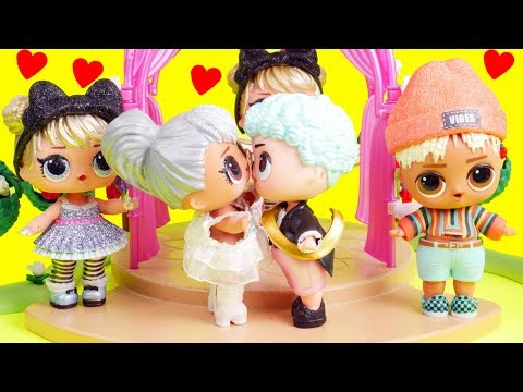 LOL Surprise Dolls Boy Gets Married at Baby Brothers Wedding | Toy Egg Videos