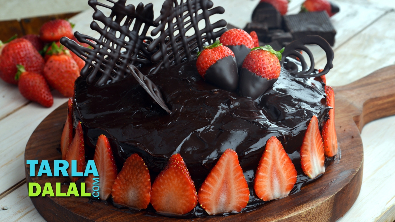 Cake Recipe With Kadai: Chocolate Truffle Cake, Eggless Chocolate Dessert Recipe