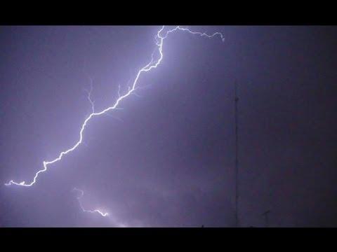 30min of Real Lightning Storm, Rain and...THUNDER
