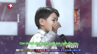 cậu bé hát về mẹ !!  chấn động thế giới