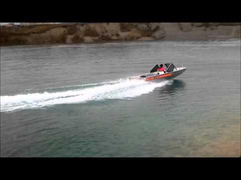 Вельбот 52  водометный катер первая проба