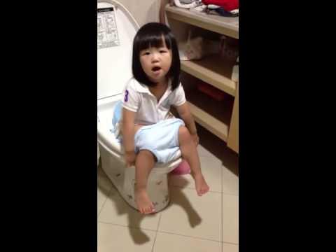 201309-芮芮練習尿尿!