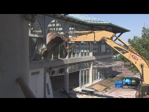 Crews begin demolition of Waterside Annex