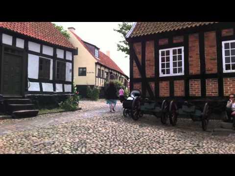 Chr. Danning/CJ: Rokoko-menuet (piano)