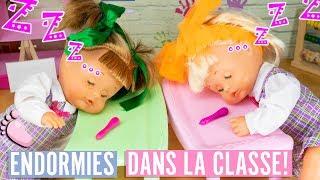 Download Video 😴 NOA & NOE: Endormies à l'école car elles ont passé la nuit à regarder des vidéos sur le téléphone MP3 3GP MP4