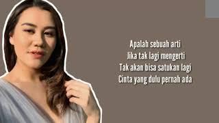 Aaliyah Massaid   Ajariku Lirik Video  EVK