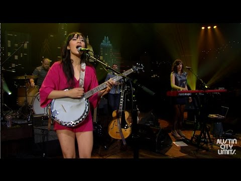 "Thao & The Get Down Stay Down On Austin City Limits ""We The Common"""