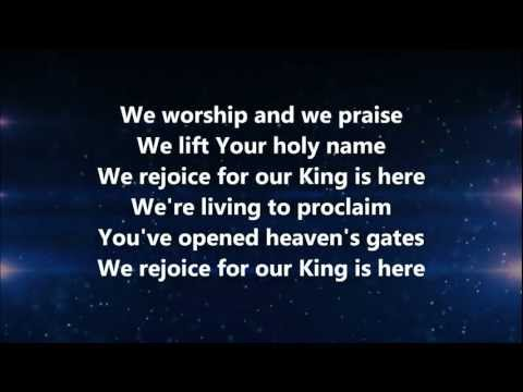 The King is Here - Kim Walker-Smith w/ Lyrics