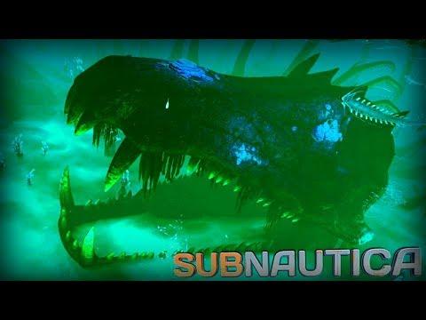 CRAZY THINGS HIDDEN DEEP WITHIN THE OCEAN!! | Subnautica [17]