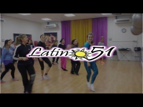 Bagno Conchiglia Casalborsetti Foto Zumba : Latino zumba fitness youtube