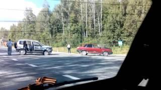 Столкновение ВАЗ 21099 и Chevrolet Niva