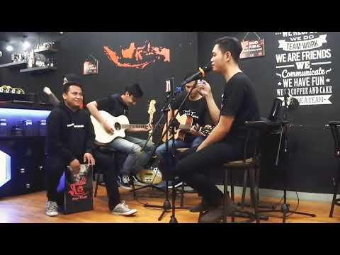 ELKASIH - KAU TIGAKAN CINTAKU (COVER By SETITIK TEMU) Live Performance