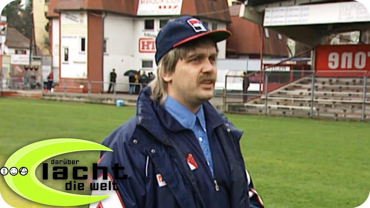 Grazer Ak Der Neue Trainer Daruber Lacht Die Welt Mit Hape Kerkeling