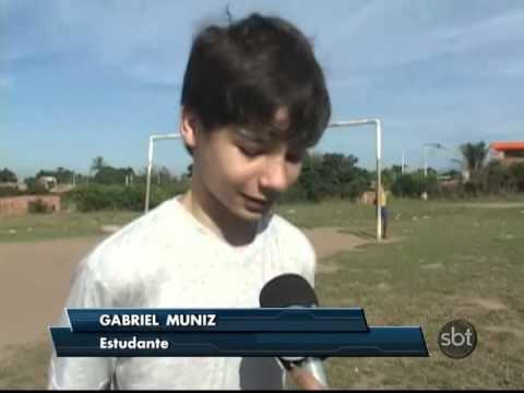 Gabriel Muniz de 13 anos que joga bola sem os pés volta de Hong Kong na China