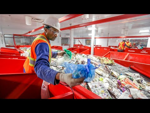 Montreal Inaugurates New Recycling Plant