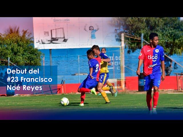 Debut de Francisco Noé Reyes en C.D. FAS