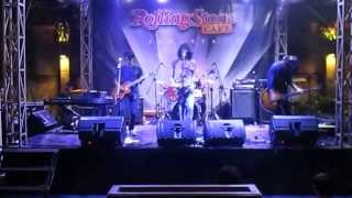 Monkey To Millionaire - Merah Live at Rollingstone
