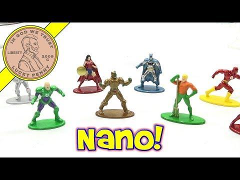 Nano Die-Cast MetalFigs DC & Marvel Super Heroes - Batman - Superman - Iron Man