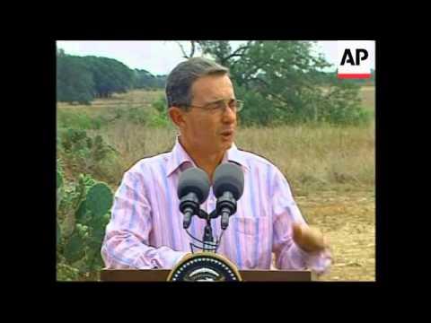 Uribe meets Bush at his ranch, comments