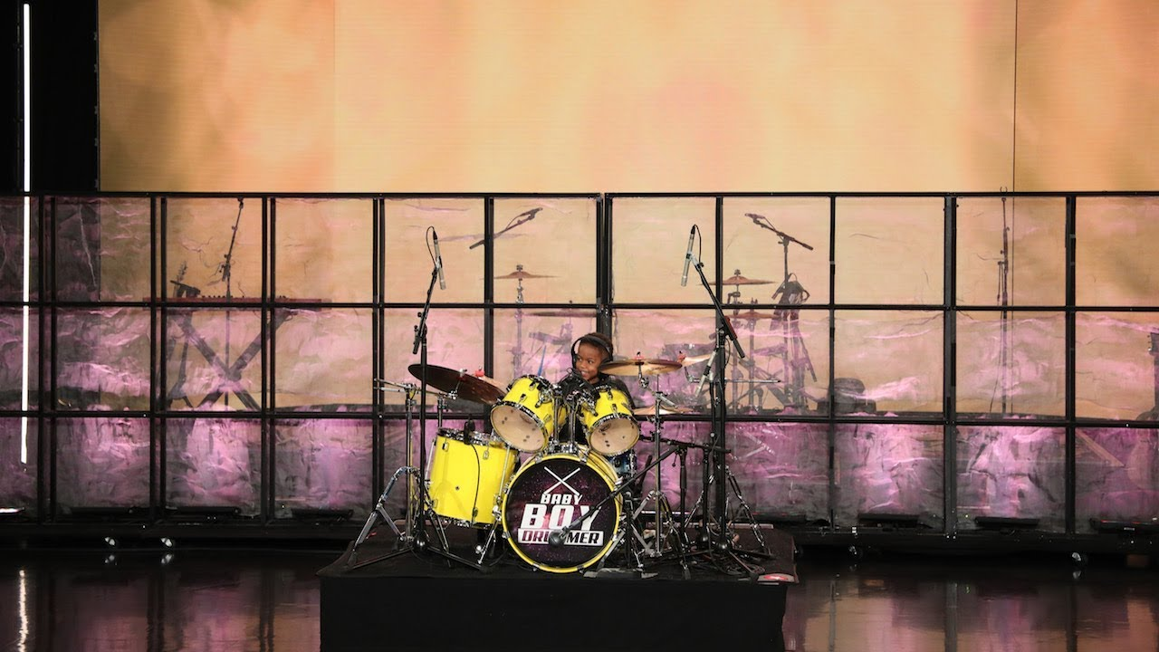 Four-Year-Old Drummer Justin Wilson II Performs a Lenny Kravitz Classic