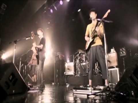 UNCHAIN  -  make it glow 【LIVE】
