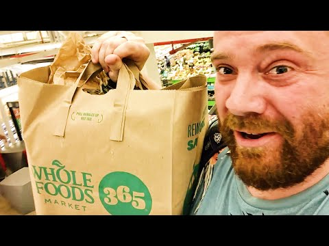Scottish guy tries American Whole Foods supermarket for the first time