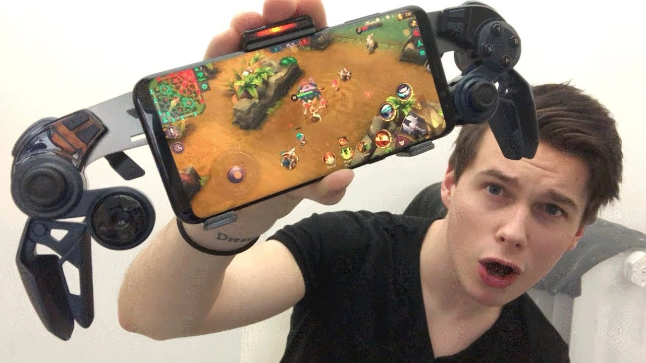 PLAYING MOBILE LEGENDS with MOBILE CONTROLLER!