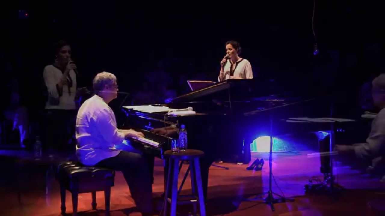 Cartilha (Raul Misturada/ Gregory Haertel) por Mareike e Leandro Braga