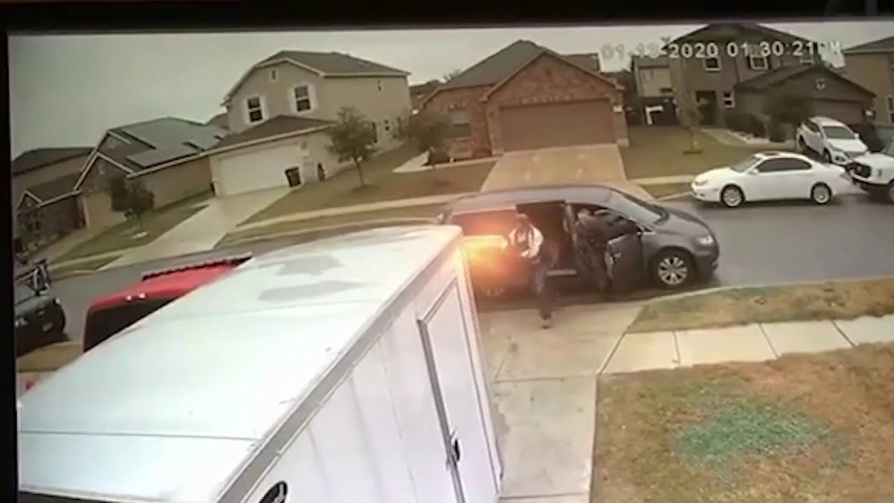 Download Video of officer-involved shooting appears to contradict San Antonio police chief's initial claims