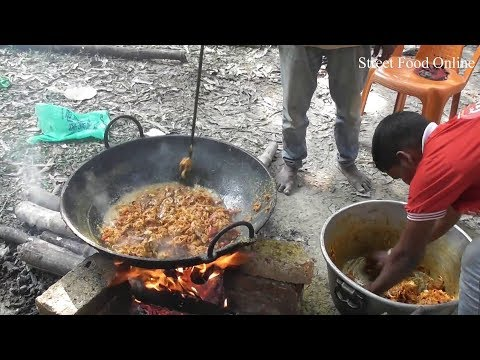 Desi Style Mutton Curry Preparation in The Mango Garden | Street Food Online