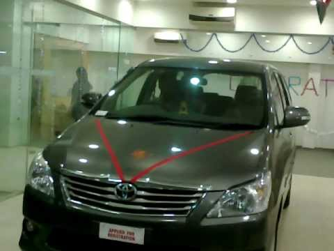 New Toyota Innova VX 2012.mp4