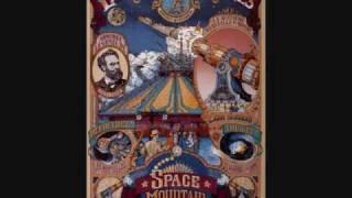 Disneyland Paris music- Space Mountain De La Terre A La Lune area music #2
