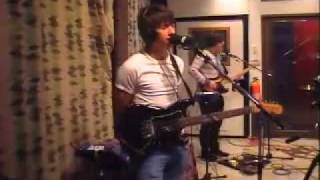 Arctic Monkeys - Sandtrap / This House Is A Circus [live at KCRW Radio 2007]