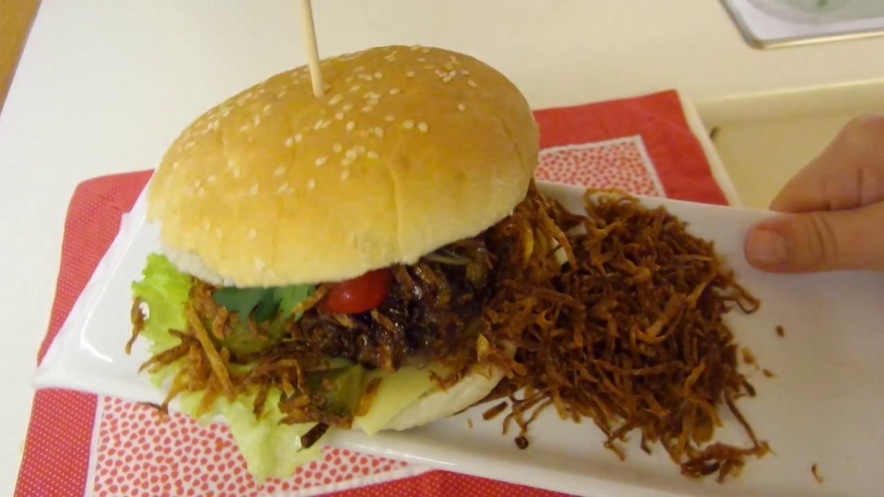 Karamelize Soğanlı Çıtır Patatesli Ev Yapımı Hamburger Tarifi 94